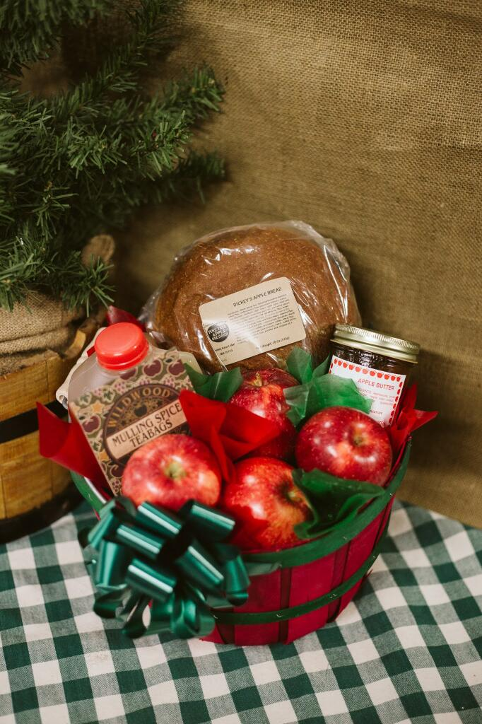 Apples, Apple Cider, Mulling Spics, Dickeys apple bread, apple butter