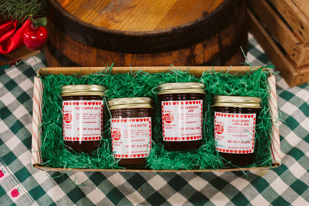 Holiday Fare Gift Box | jams and jellies by Pine Tree Apple Orchard